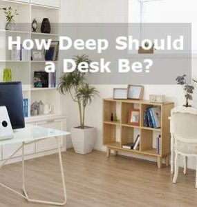 how deep should a desk be